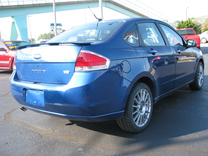 2009 ford focus ses sedan under 10 000 springfield mo. Black Bedroom Furniture Sets. Home Design Ideas